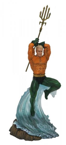 Aus Diamond´s ´DC Gallery´ Reihe kommt diese coole PVC Statue. Sie ist ca. 30 cm groß und wird in einer Fensterbox geliefert.