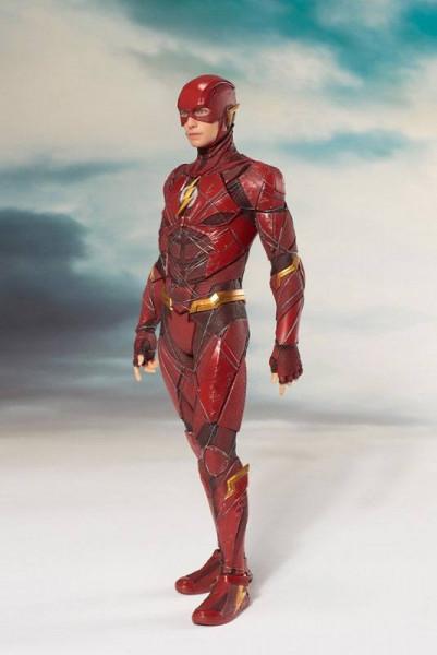 Aus der erfolgreichen ´ARTFX+´ Reihe von Kotobukiya kommt diese PVC Statue von The Flash.<br /><br />Die detailreiche Statue im Maßstab 1/10 ist ca. 19 cm gross und kommt mit weiterem Zubehör!<br /><br />Die Statue muss in wenigen, einfachen Schritten zus