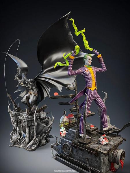 """Zum Videospiel """"Batman Arkham Asylum"""" kommt diese fantastische Statue im Maßstab 1/8. Sie ist ca. 40 x 15 cm groß und wurde aus hochwertigem Polystone gefertigt. Das edle Sammlerstück wird mit ansprechender Base geliefert.<br /><br />Weltweit auf 500 Stüc"""