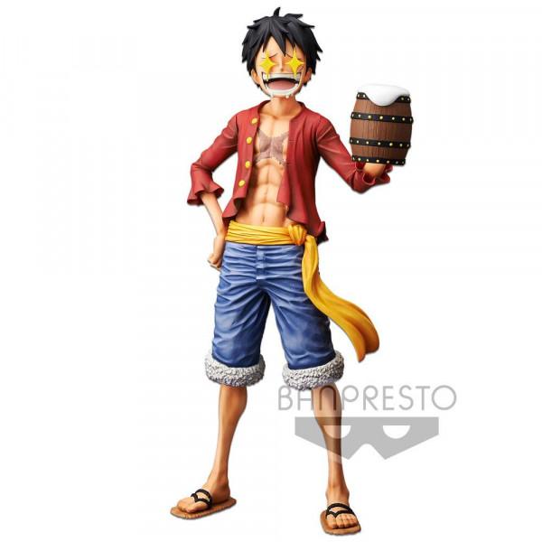 Zur Manga/Anime-Reihe `One Piece´ kommt diese detailreiche PVC Figur. Sie ist ca. 27 cm groß und wird mit Base, austauschbaren Köpfen und Zubehör geliefert.