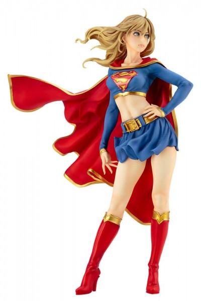 Aus Kotobukiyas beliebter ´Bishoujo´-Reihe kommt diese aufregende PVC Statue von Super Girl.Die von Shunya Yamashita entworfene Statue ist ca. 25 cm groß und wird mit ansprechender Base in einer schicken Verpackung geliefert.