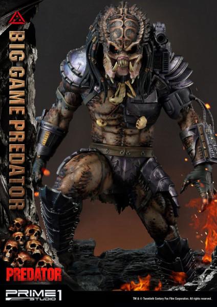 """Zu den """"Predator"""" Comics kommt diese fantastische Statue vom Big Game Predator. Sie ist ca. 70 x 40 x 40 cm groß und wurde aus hochwertigem Polystone gefertigt. Sie verfügt außerdem über LED-Leuchtfunktionen in der Schulterkanone.Das limitierte Sammlerstü"""