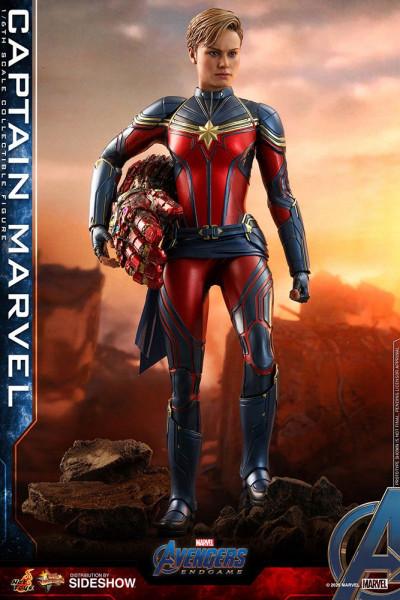 """Aus Hot Toys' luxuriöser """"Movie Masterpiece Series""""-Reihe kommt diese großartige Actionfigur aus dem Marvel Blockbuster """"Avengers: Endgame"""". Sie ist ca. 29 cm groß und kommt mit zahlreichen Austausch- und Zubehörteilen in einer schicken Fensterbox mit Sch"""