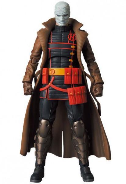 """Aus Medicoms hochwertiger """"Miracle Action Figures""""-Reihe kommt diese fantastische Actionfigur von Hush aus dem Comic """"Batman Hush"""". Das ca. 16 cm große Sammlerstück wird mit weiterem Zubehör und austauschbaren Teilen in einer Fensterbox geliefert."""