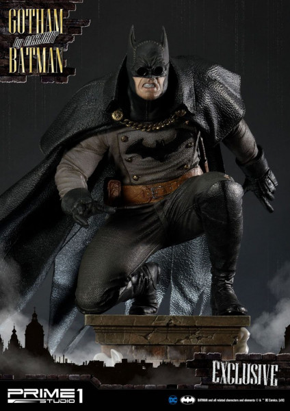 """Prime 1 Studio präsentiert dieses Sortiment mit 3 fantastischen Statuen von Batman im Maßstab 1/5 aus dem Videospiel """"Batman: Arkham Origins"""". Jede Statue ist ca. 57 x 44 x 47 cm groß und wurde aus hochwertigem Polystone gefertigt. <br /><br />Das Sortime"""