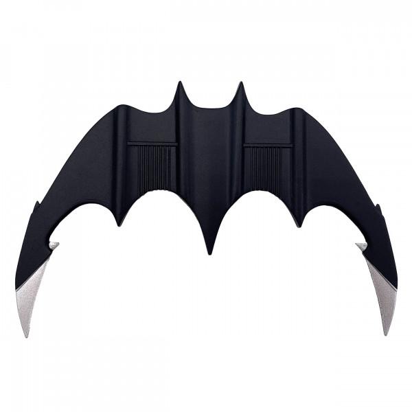 Zum Film `Batman (1989)´ kommt diese qualitativ hochwertige Mini Replik aus Metall.<br /><br />Größe: 15 cm
