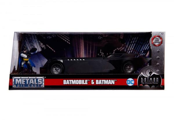 - Offiziell lizenziertes Diecast-Modell inkl. Diecast Batman-Figur\n- Jada Toys\n- Maßstab: 1/24\n- Verpackung: Fensterbox