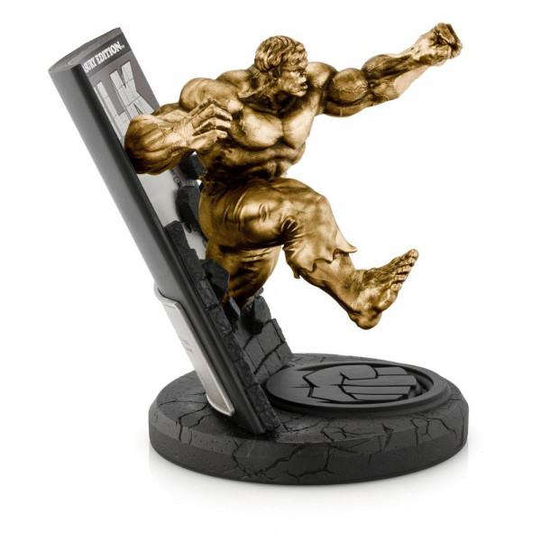Aus dem Marvel Universum kommt diese detailreiche Statue aus hochwertigem Zinn. Sie ist ca. 22 x 17 x 21,5 cm groß und wird in einer bedruckten Box geliefert.<br /><br />Limitiert auf 200 Stück.