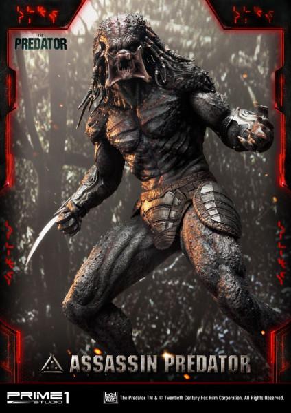 """Zum Action-Horror-Film """"Predator - Upgrade"""" kommt diese fantastische Statue vom Assassin Predator. Das im Maßstab 1/4 gehaltene Sammlerstück ist ca. 92.9 x 59.5 x 43.6 cm groß und wurde aus hochwertigem Polystone gefertigt. Die Statue wird styropor-geschü"""