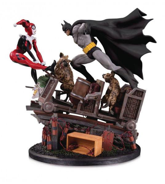 Zu DC Comics kommt diese großartige Statue aus hochwertigem Resin. Sie ist ca. 44 cm groß.Weltweit auf 5000 Stück limitiert.