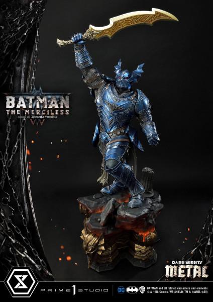"""Zur Comicbuch-Reihe """"Dark Nights: Metal"""" kommt diese fantastische Statue. Sie ist ca. 112 x 44 x 47 cm groß und wurde aus hochwertigem Polystone gefertigt.<br /><br />Das edle Sammlerstück wird mit ansprechender Base in einer bedruckten Box geliefert.<br"""