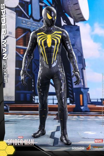 Aus Hot Toys´ luxuriöser ´Video Game Masterpiece´-Reihe kommt diese grossartige Figur aus dem Videospiel ´Marvel's Spider-Man´. Wie gewohnt wird auch diese limitierte Figur im Maßstab 1:6 mit jeder Menge Zubehör und Austausch-Teilen geliefert.