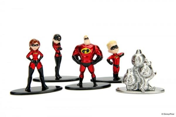 Aus der Nano Metalfigs Reihe kommt dieser Pack mit 5 detailreichen Figuren aus Metall. Die Figuren sind ca. 4 cm groß und werden in einer Blisterverpackung geliefert.